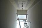 階段室は、はしご登場です。慎重に!