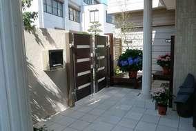 ミニデッキは花台としても利用できます