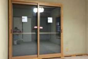 和室掃出窓 プラマードUの施工後の画像 ふかし枠付