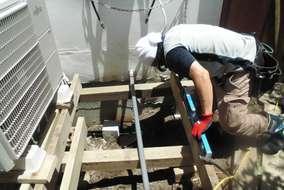 解体作業終わりました。つぎ大工さんが下地組んで補強していきます