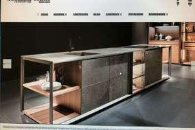 キッチンカウンターも作成可能です。
