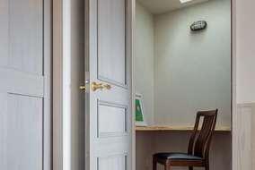 お施主様の希望で書斎・1人の空間が欲しいとの事で設計に盛り込んだ空間になります。