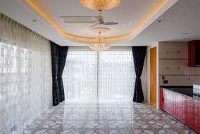 LDKは30帖と開放的な空間としてホームパーティには最適な広々空間です。