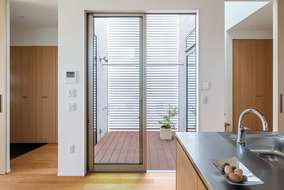 今回の計画で重視したのが「風・光・空間の広がり・隣地に家が出来てもプライバシーの確保」この4点です。