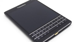 Blackberry Passport Qi