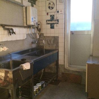 1階にキッチンがあります。