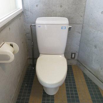トイレも同じ室内に。