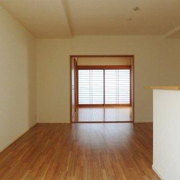 奥の居室部分。