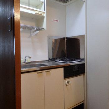 キッチンはIH1口。