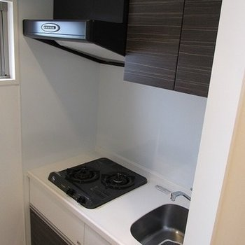 キッチンも大きめで独立してます。