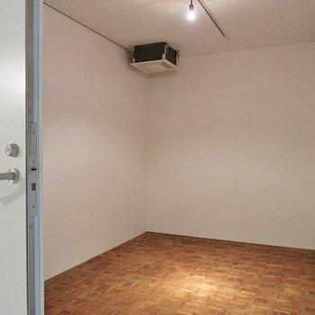 1号室のみある24時間使える専用レッスンルーム。