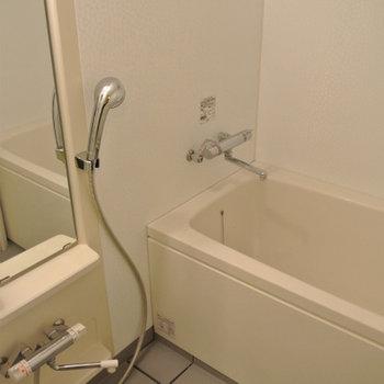 お風呂も浴室乾燥可※写真は別部屋