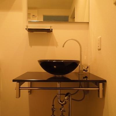 クールな洗面台