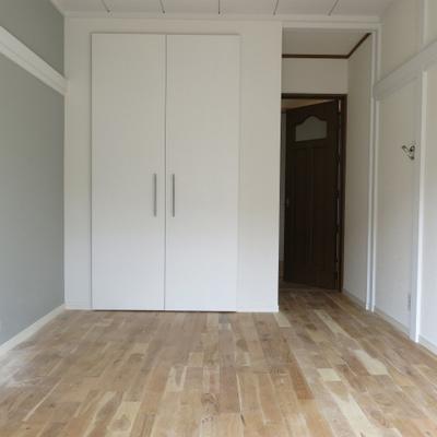 2階主寝室です。※工事中です。