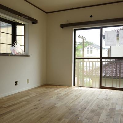 出窓のある寝室。子供部屋にいいかも。※工事中です