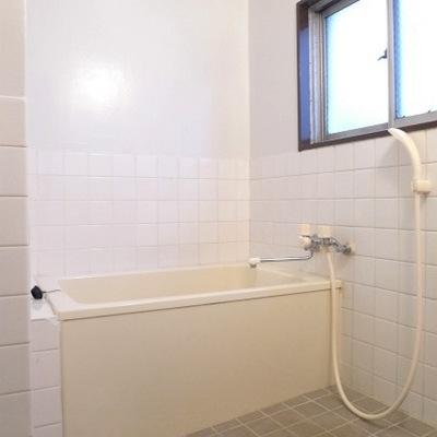 お風呂も綺麗です。