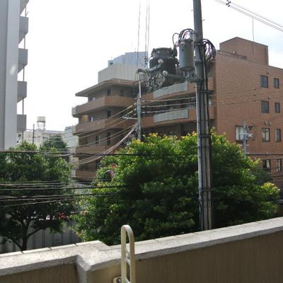 マンションの立ち並ぶ住宅街