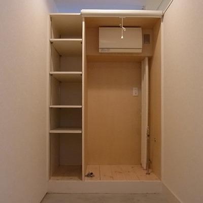 洗濯機置き場です※写真は別部屋