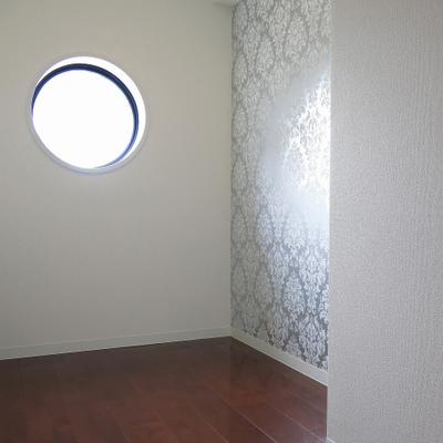 小窓が面白い。