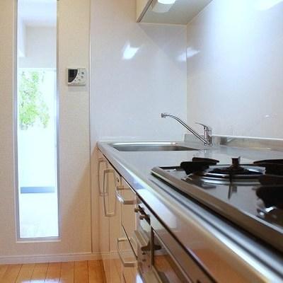 キッチン横にはこんなうれしい工夫が!