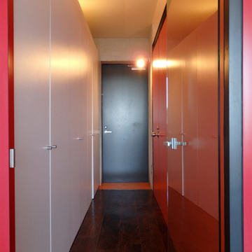 玄関から廊下までのたっぷり収納スペース ※写真は別部屋