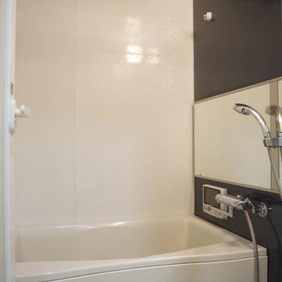 お風呂もキレイや〜※画像は606号室