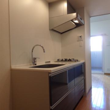 キッチンは2口ガスコンロが付いています。