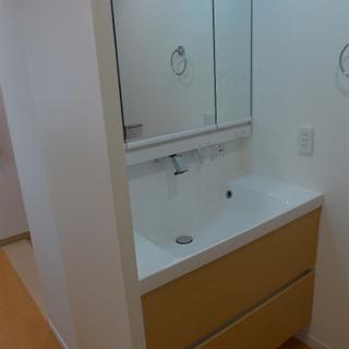 独立洗面台も大きく、使い勝手が良さそう!