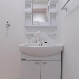 洗面台は大きくて、使い勝手は問題なし!!