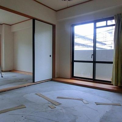 窓が多い分お部屋に光がたくさん注ぎこみますね