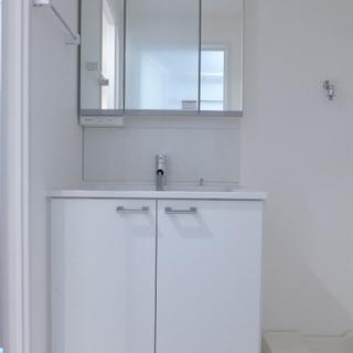 洗面台も大きく、使い勝手が良さそうです!