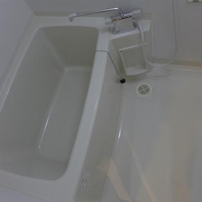 お風呂は普通。清潔感オッケー!