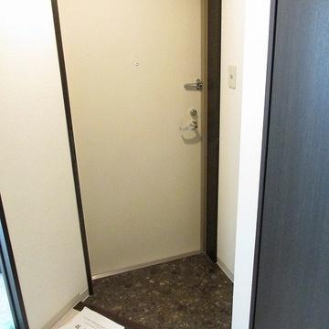 玄関も広め!シューズボックスもあります。