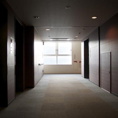 エレベーターホールの美しさ...