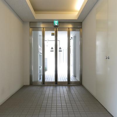 オートロックのドアが変わった感じでした。体感せよ!