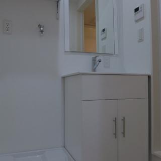 洗面台もシンプルで使い勝手good!