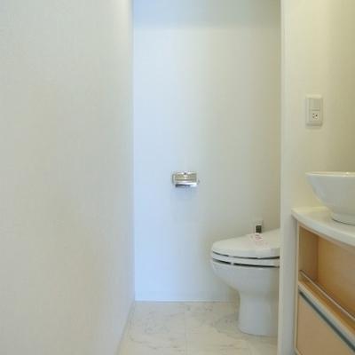 トイレは1階にもあります