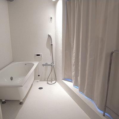 バスルームの雰囲気最高!!