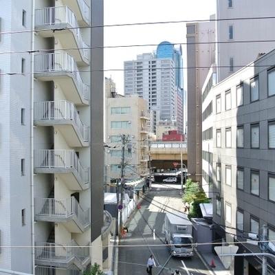 梅田のPIASタワーが見えますね※写真は別部屋