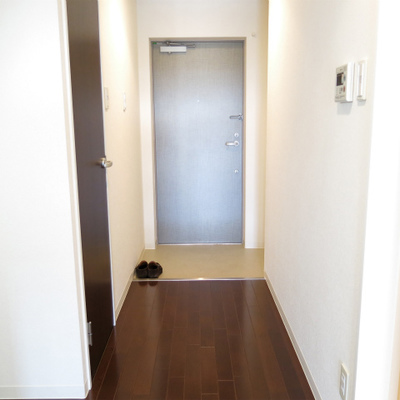 廊下のアプローチがゆったり。