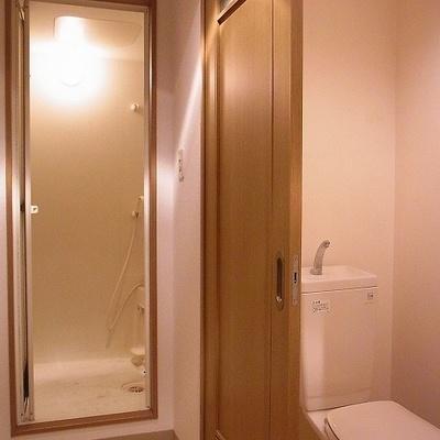トイレから浴室へ