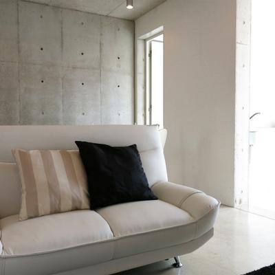 コンクリートが素敵なお部屋です(写真は3階です)