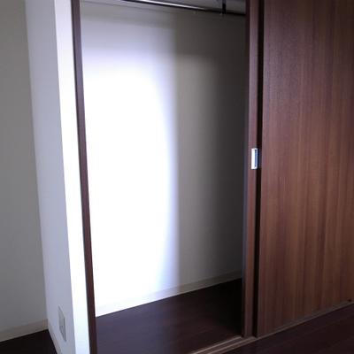 収納スペース※写真は別部屋です。