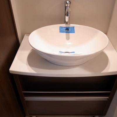 ちょっとお洒落な洗面台※写真は別部屋です。
