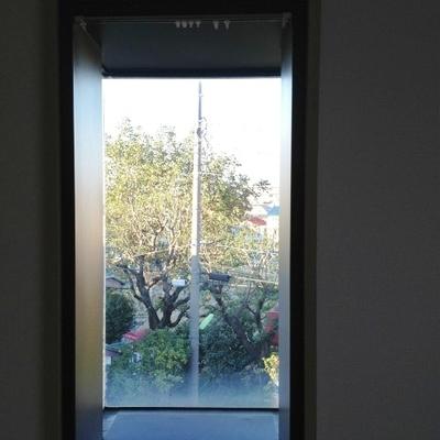 ちょっとした出窓もあります