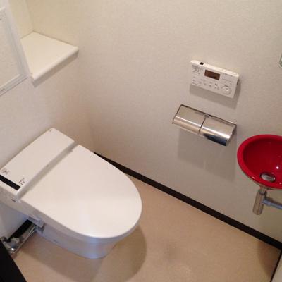 下階のお手洗い。