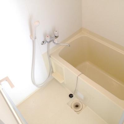 お風呂は最低限。