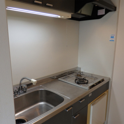 キッチンはガス2口で広さも十分!