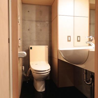 洗面所。ホテルライク。