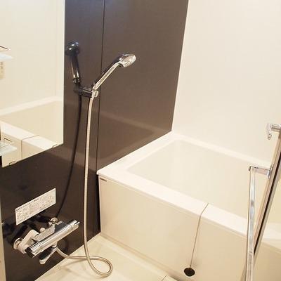 お風呂もキレイです※写真は別部屋